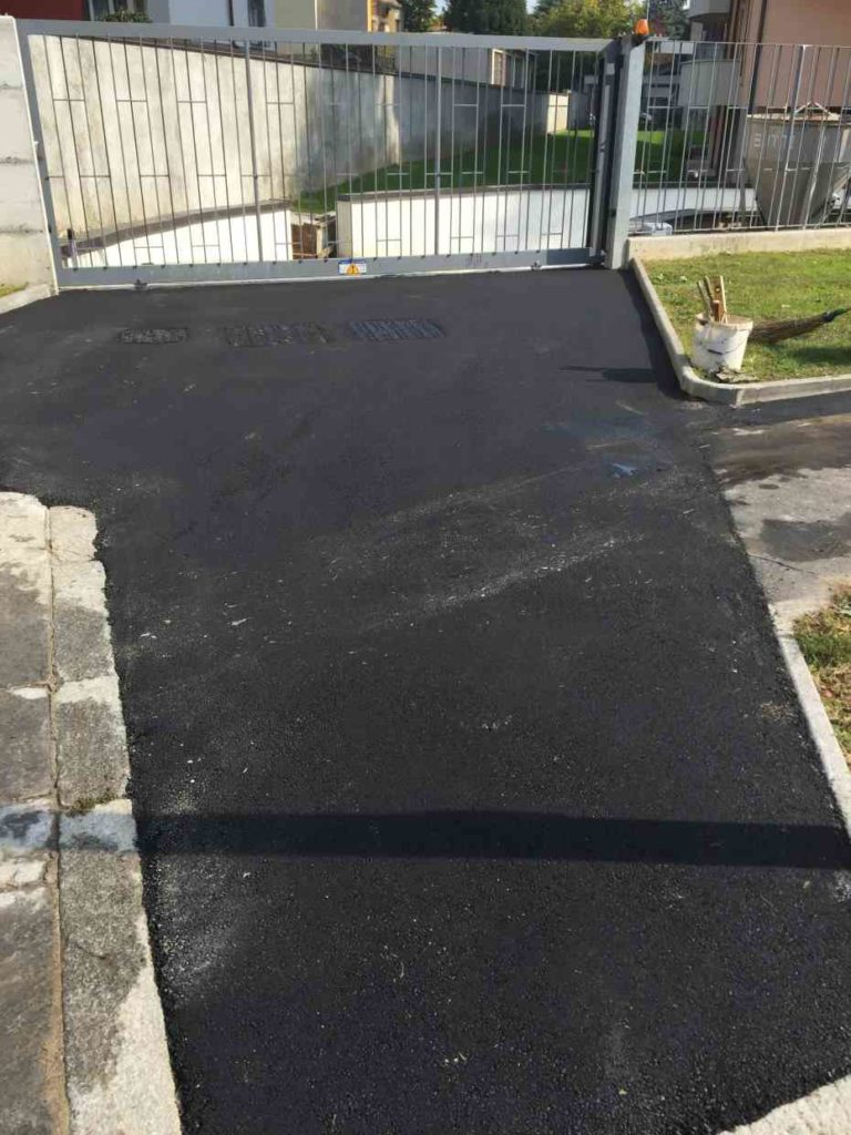 asfalto scivolo domestico